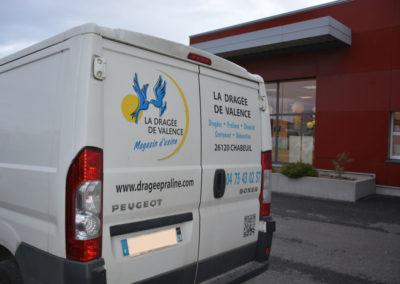 Flocage du camion La Dragée de Valence